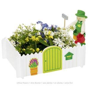 Ο κηπουρός στον κήπο Goki 51721